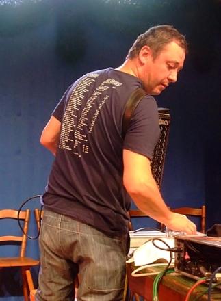 ATTWENGER @ Oide Wiesn Herzkasperl-Festzelt München 2015-09-25 (2)
